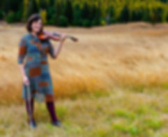 Amelia Thornton, violin