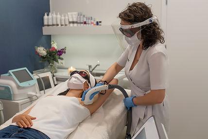 lightsheer-desire-epilacja-laserowa-laserowe-love-racibórz-usuwanie-trwałe-owłosienia-zapalenie-mieszków-włosowych