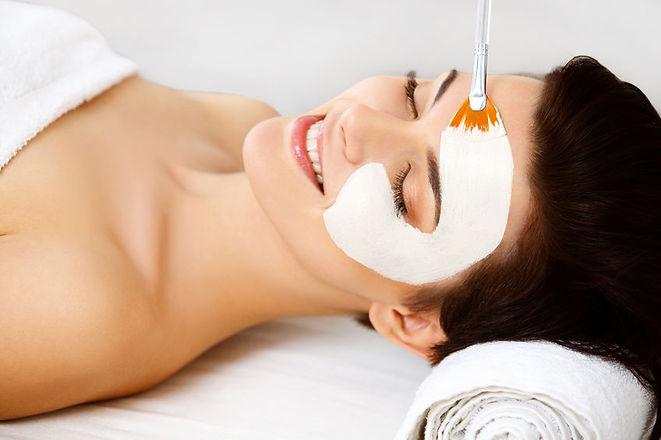 oczyszczanie-medyczne-manualne-kwasowe-profesjonalne-terapeutyczna-dynia-trądzik-zaskórniki-rozszerzone-pory-wypryski-laserowe-love-racibórz