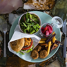 Lapaz Burger - Mushroom Gravy Sauce Whole Wheat Bread 【LAPAZバーガー<マッシュルームグレイビーソース>】