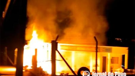 Incêndio criminoso atinge EcoPonto Nova Marília, na Zona Sul da cidade