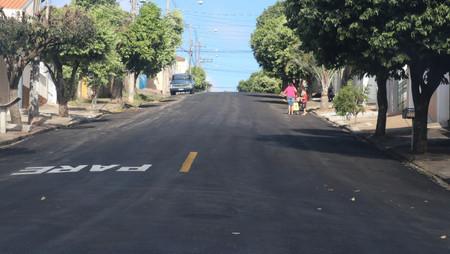 Prefeitura e Codemar finalizam o recape da Rua Almirante Barroso e começam na Antônio Prado