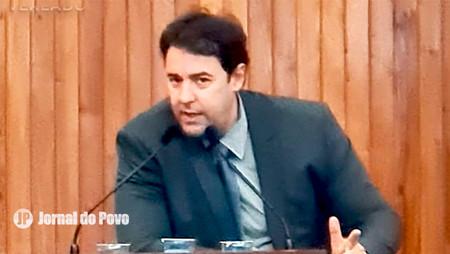"""B.O NO P.A SUL: Conselho de Enfermagem cita """"indignação"""" e """"exige retratação"""" do vereador Féfin"""