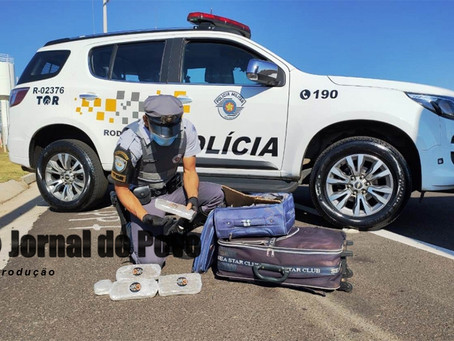 Polícia Rodoviária flagra menor com tijolões de maconha em ônibus