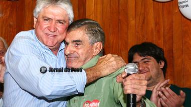Ex-prefeito Alcalde segue com prisão decretada. Advogado diz que ele vai se apresentar