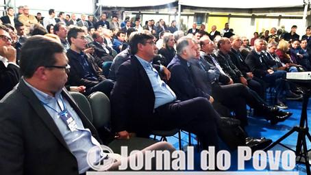 """Prefeito Daniel defende apoio às reformas e ao governo. """"Não a Temer"""""""