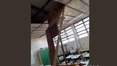 Queda de forro em sala de aula deixa três crianças feridas em Bauru