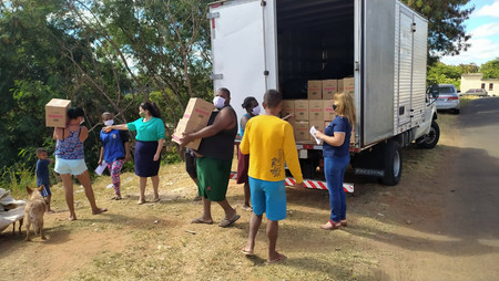 """FUNDO SOCIAL: Prefeitura entrega cestas básicas da Campanha """"Doe! A Fome Não Espera"""""""