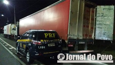 Federal apreende duas carretas carregadas com cigarros contrabandeados do Paraguai
