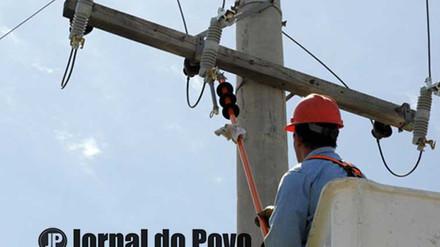 CPFL faz arrastão com mais de 100 cortes e revolta moradores da favela da Vila Barros