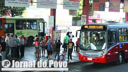 Justiça manda AMTU fornecer passes com desconto de 50% para aluna do Senac