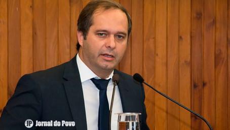 Vereador Danilo solicita benefícios salariais e cursos de capacitação para agentes de saúde