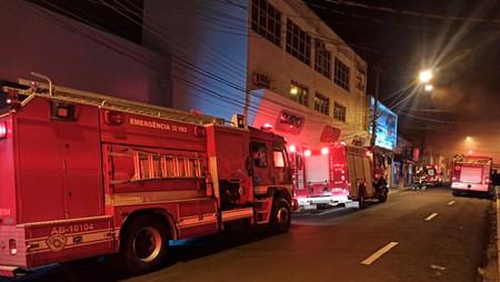 Cadáver insepulto do desativado prédio do extinto Jornal Diário continua assombrando...