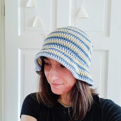 Skyline bucket hat