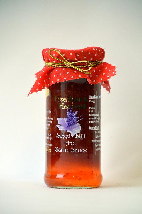Sweet Chilli & Garlic Sauce, (NON GF & NON Vegan) . Contains Chilli. 1 gold star