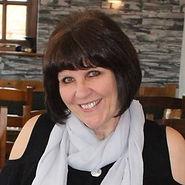 Photo of the artist Jacqueline Edmonds