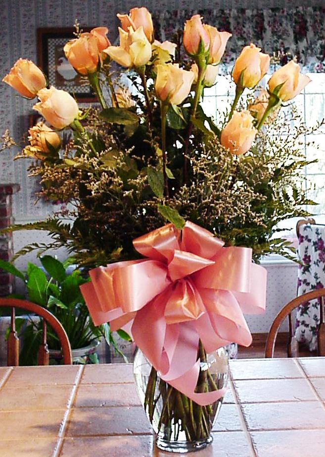 Peach Rose Valentine's Day Bouquet
