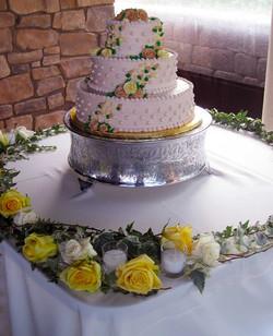 Yellow Roses on Wedding Cake