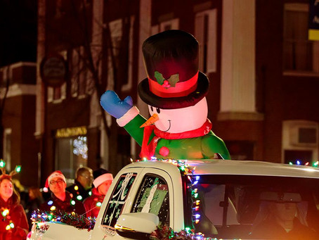 2016 Holiday Festival and Light Parade Rocks Downtown Saco!