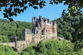 Burg_Eltz_Mosel_Rhein_Rijn_small_opt.jpg