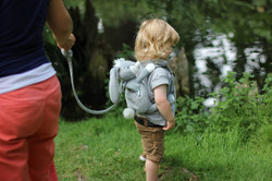 bunny+backpack+with+reins+pic1.jpg
