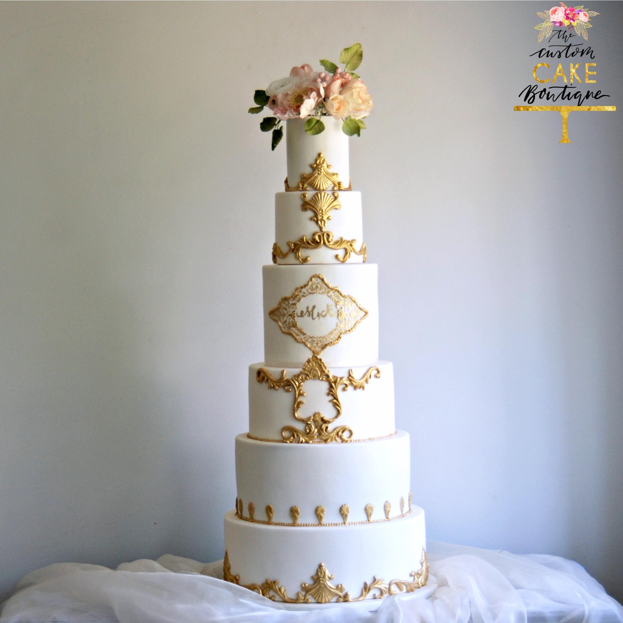 Gold Scroll Wedding Cake & Sugar flowers