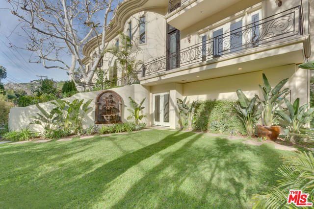 1350 Benedict Canyon Drive, Beverly Hills