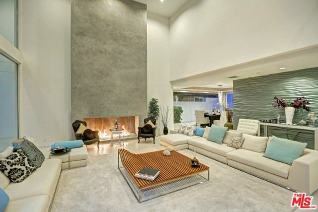 1590 Benedict Canyon Drive, Beverly Hills