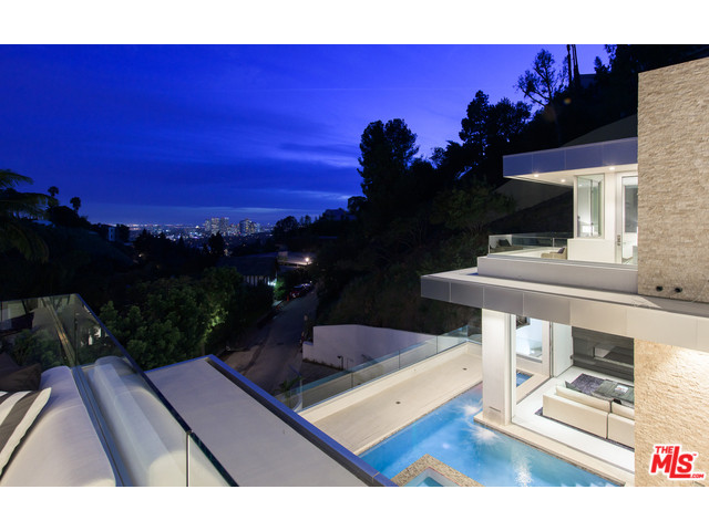 9311 Readcrest Drive Beverly Hills