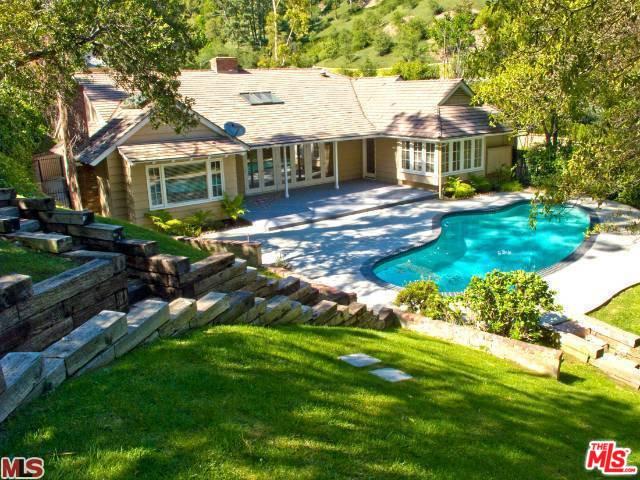 1119 Schuyler Road, Beverly Hills 90210