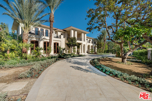 1006 Laurel Way, Beverly Hills