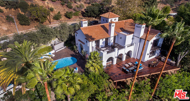 2819 Coldwater Canyon, Beverly Hills 90210