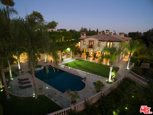 1141 Summit Drive, Beverly Hills