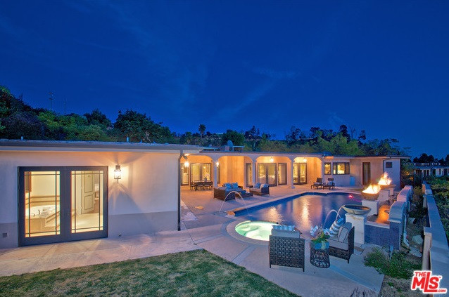 570 Chalette Drive, Beverly Hills