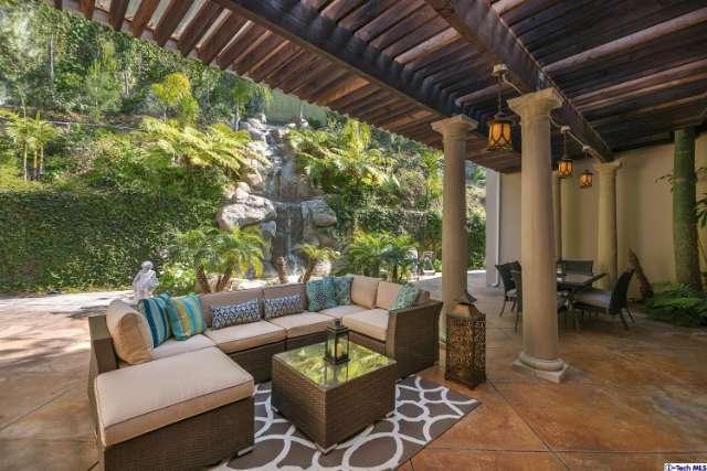2075 Loma Vista Drive, Beverly Hills