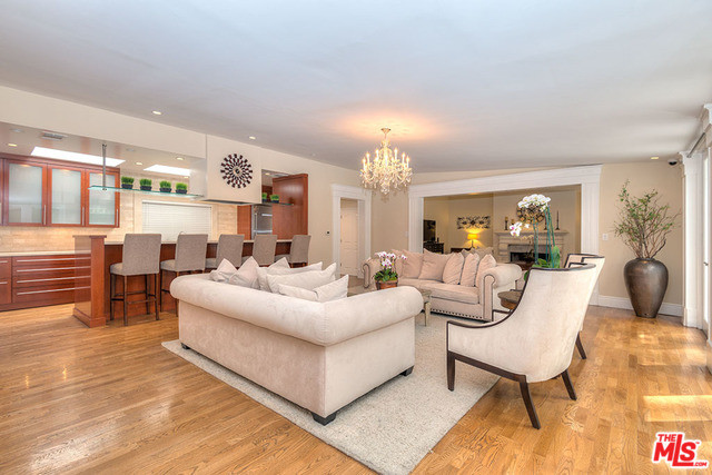 2239 Benedict Canyon Drive, Beverly Hills