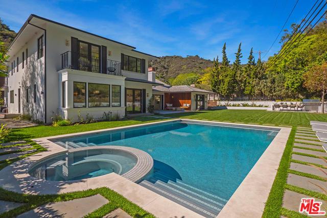 1658 San Ysidro Drive, Beverly Hills 90210