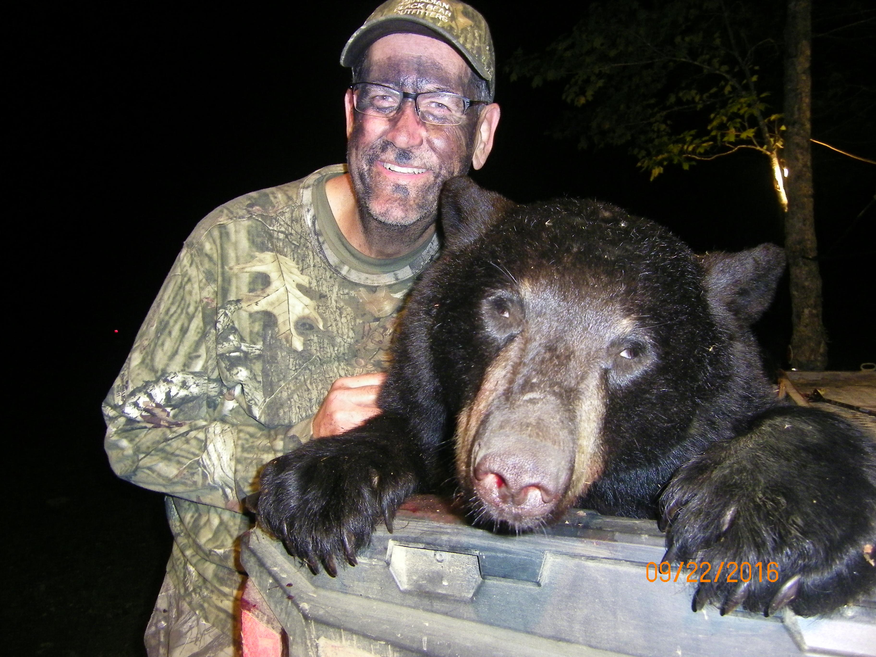 Ken with bear 2016