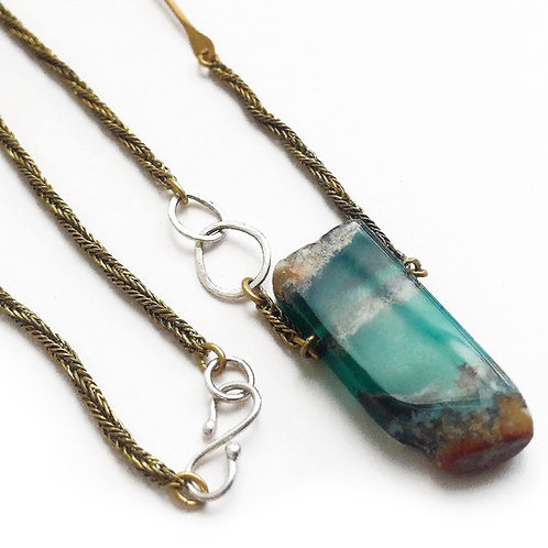 AGATE SHARD NECKLACE