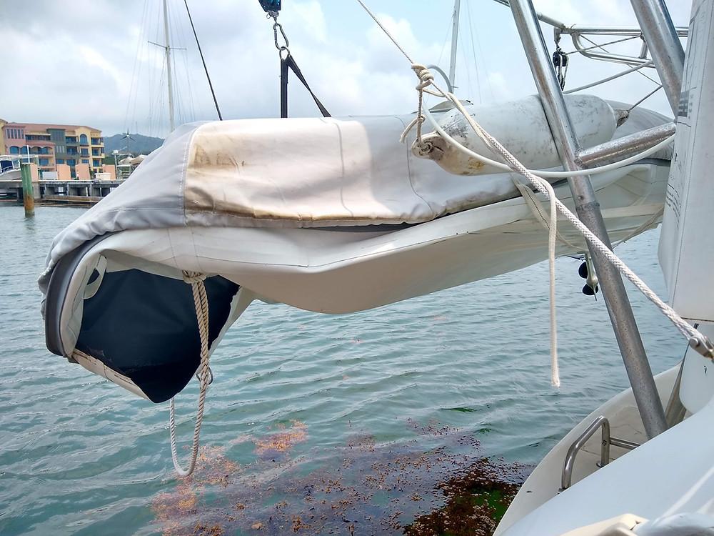 No more cruising Roatan for this dinghy