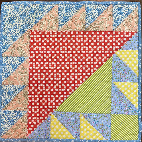 Traditional Triangle, 12x12 inch quilt