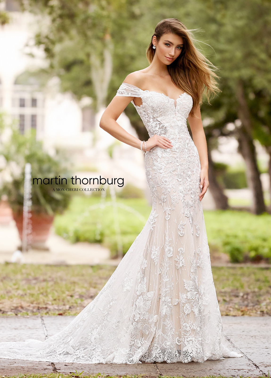 342451c38a3 Martin Thornburg Style 218224 Luna