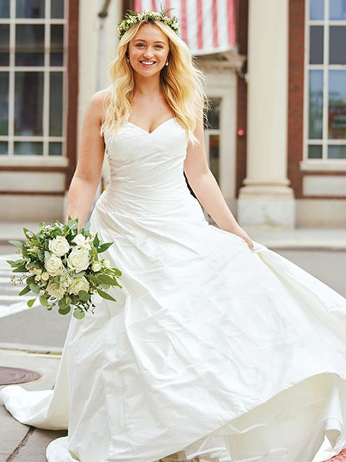 88029 - Size 20 -Sample Gown