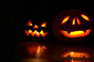 hallowen-2118650_1920.jpg