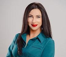 Валентина – менеджер по новостройкам аге