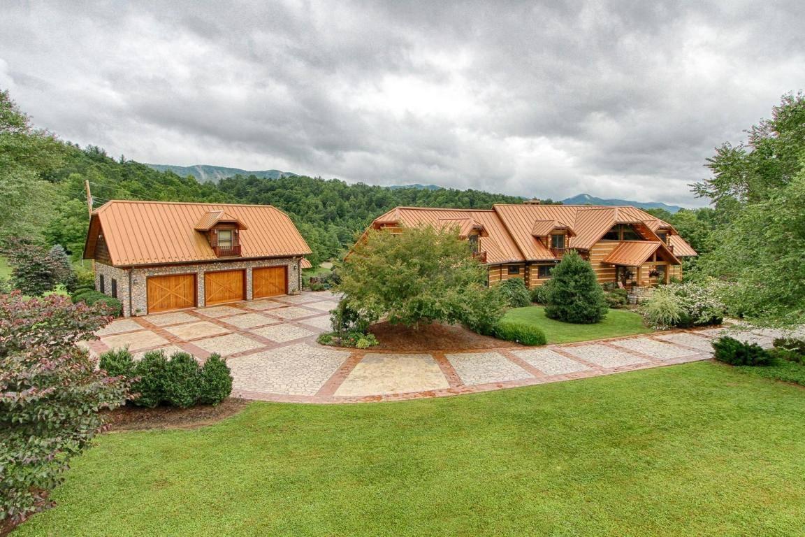 Modern Rustic Living, Real Estate El