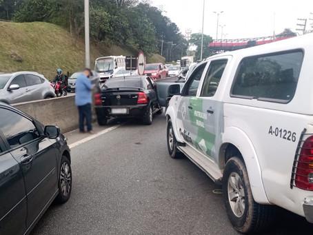Raposo Tavares: Durante perseguição, ladrão bate veículo roubado e é preso pela Polícia Ambiental
