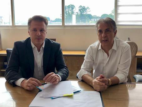 Prefeitura firma convênio com Barueri para implementar inédito programa Emprega Itapevi