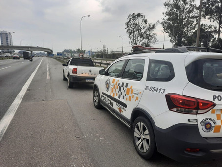 Barueri: Policiais de TOR apreendem veículo dublê na Rodovia Castello Branco