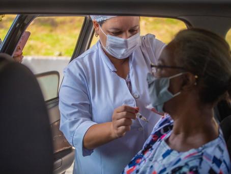 Cotia: Vacinação contra Covid-19, nos dias 8 e 9/04, vai atender idosos 66+
